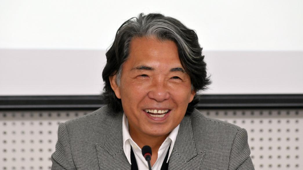 Πέθανε από την Covid-19 ο Iάπωνας σχεδιαστής Κένζο Τακάντα | Business Daily